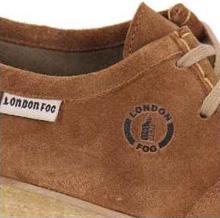 ca3db12b3 London Fog – Sucesso absoluto nos pés dos jovens dos 80! Todos já tiveram  ou desejaram um sapato de camurça da London Fog. Diferente dos sapatos, as  roupas ...